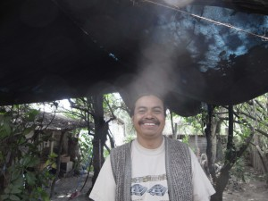 グアテマラのシャーマンの男性