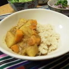 マヤナッツ豆カレー